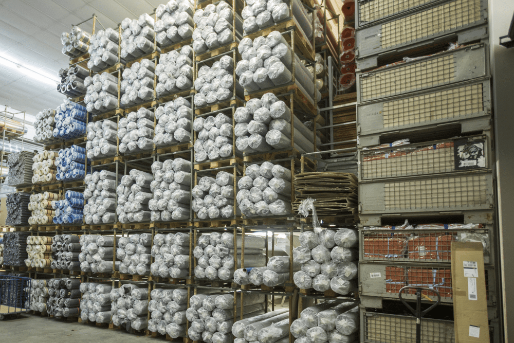 Automatisierung Lager - Lagerverwaltung durch Büroware WEBWARE - großes Lager mit Rohmaterialien
