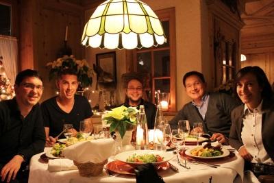 Jährliches Weihnachtsessen mit dem gesamten Team der World-of-edv