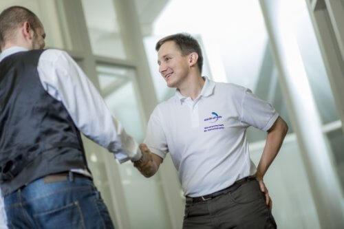 Zusammenarbeit ERP Projekt - Handshake