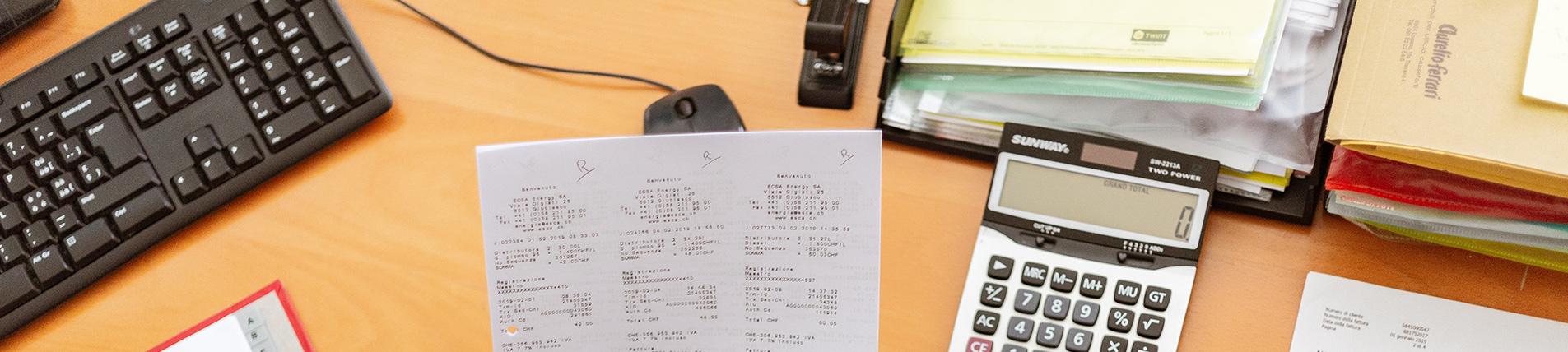 Buchhaltung - Mahnwesen epayments Zahlungsabwicklung offene Posten Taschenrechner Aktenordner - E-Commerce