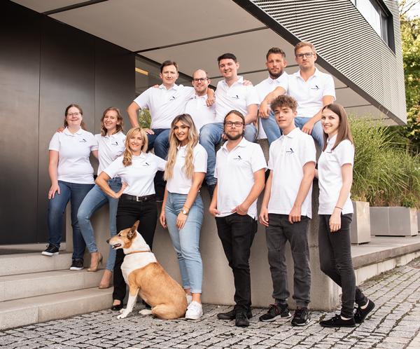 Das Team der World-of-edv im Jahr 2021